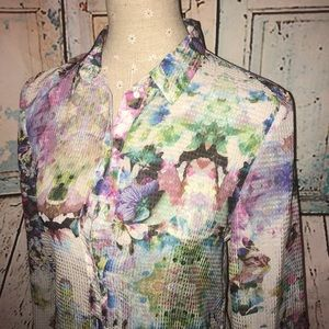 H&M~Semi-Sheer Textured Watercolor Floral Blouse~8